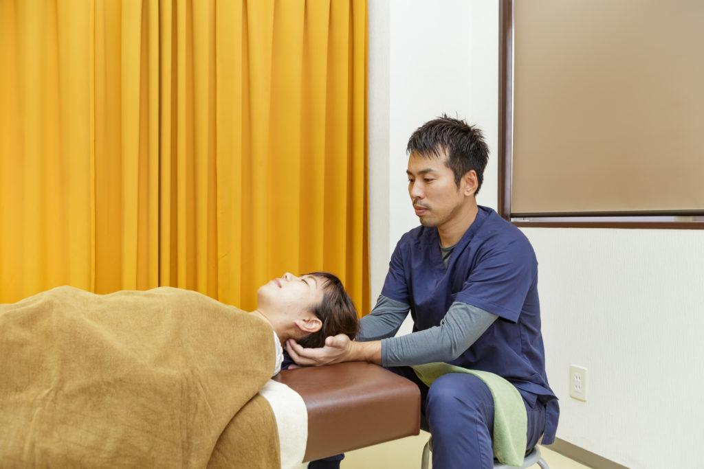 交通事故治療は整骨院で受けられます